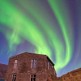Aurora Borealis with OM-D E-M1 + ZD 11-22mm LiveComp