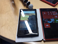 Leaked photo allegedly of giant Lumia 1520 smartphone