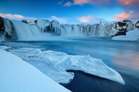 12 stunning photos of Godafoss - Waterfall of the Gods