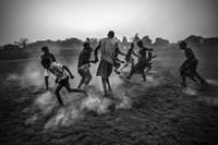 World Press Photo award enables photographer to resume his career