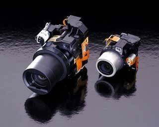 On the right the MX-1700 Zoom mechanism,