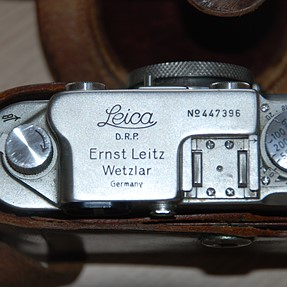 Can someone tell me if this Leica is fake or not?