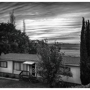 california style homestead