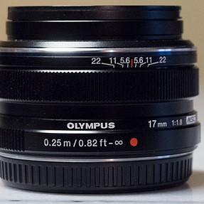 Olympus M.Zuiko 17mm f/1.8 prime lens