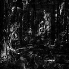 Angkor temple complex (M8.2)