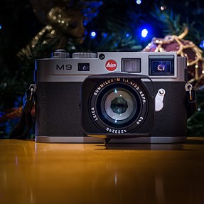 M9 by XVario. A Christmassy approach.