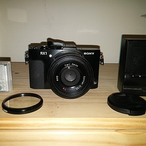 SONY RX1 with ACCESSORIES $995 SHIPPED