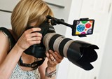 Look Lock smartphone holder for DSLRs keeps subjects focused